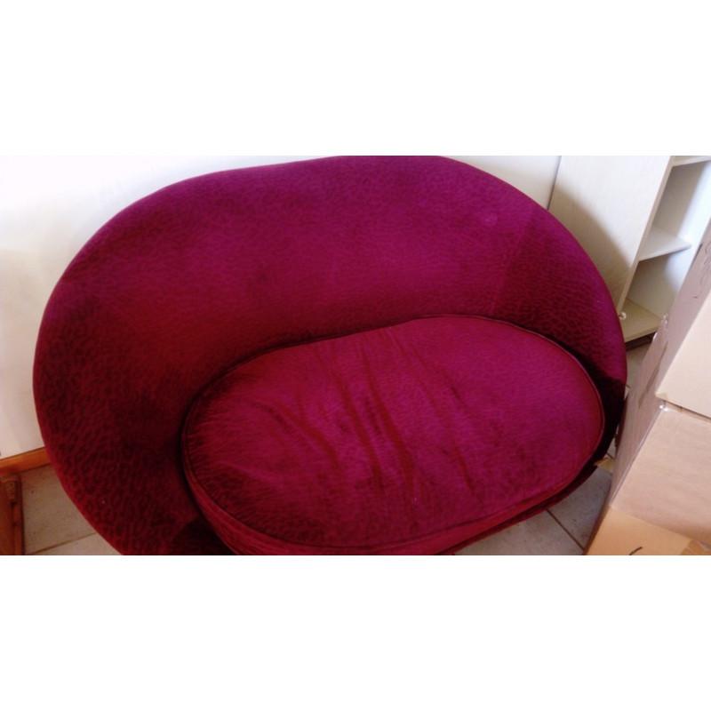Canapé Bretz rose foncé fait sur mesure