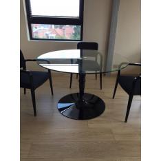 Table ronde en verre Calligaris avec 4 chaises