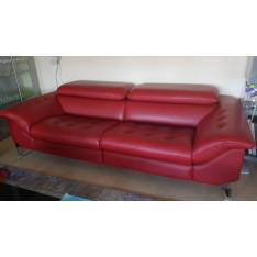 Canapé en cuir rouge électrique Roche Bobois