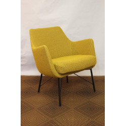 Vintage 60/70s armchair in yellow fabric and black metal base