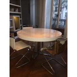Ava dining table by Cinna