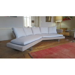 Arne beige sofa by Antonio Citterio for B&B