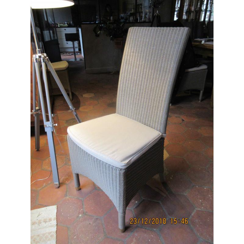 Louis de Vincent Sheppard Chairs