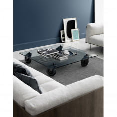 Glass coffee table by Gae Aulenti for Fontana Arte