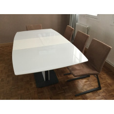 Lot 4 chaises en coloris faon / acier lustré gris anthracite de BoConcept