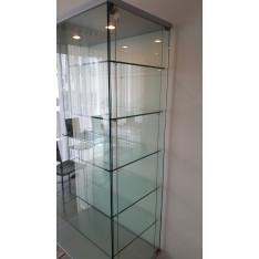 Glass showcase by Cattelan Italia