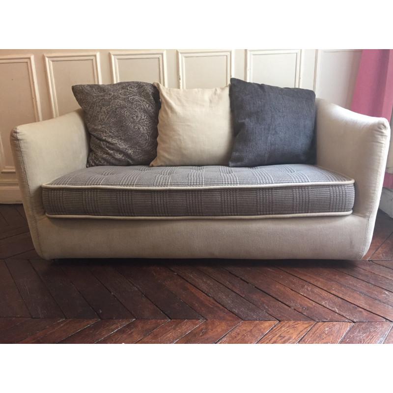 Cocoon sofa by Roche Bobois