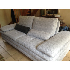 Set of a white sofa and a white chaise longue variegated grey by Meubles Sicre