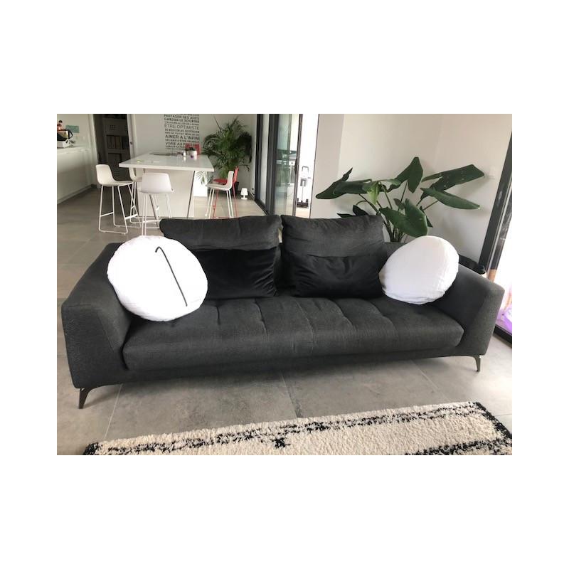 Symbol sofa and pouffe Roche Bobois