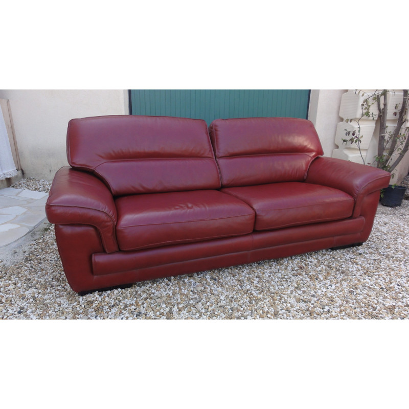 3- seater burgundy leather sofa by Cinna