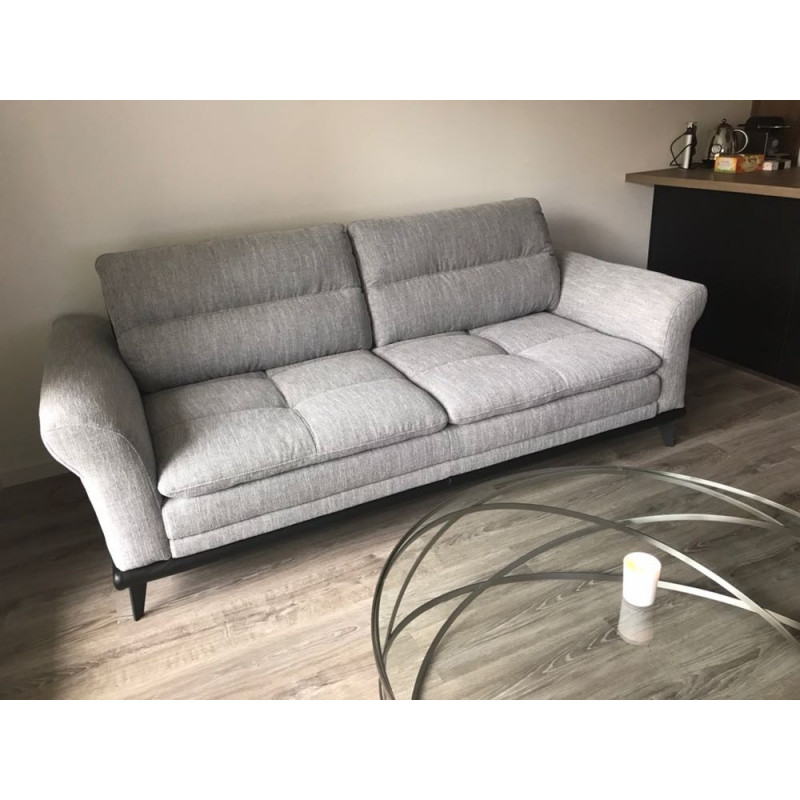 Canapé 3 places gris clair en cuir de Cuir Center