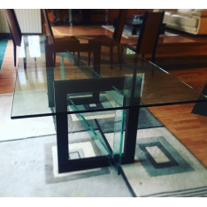 Roche Bobois dining table in glass
