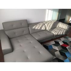 Canapé d' angle en cuir par Sacha Lakic pour Roche Bobois