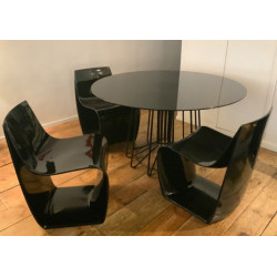 Set of 4 chairs Sign Matt with a table by MDF Italia