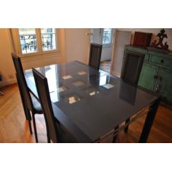 Table à repas en verre