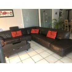 Bentley corner sofa and matching coffee table